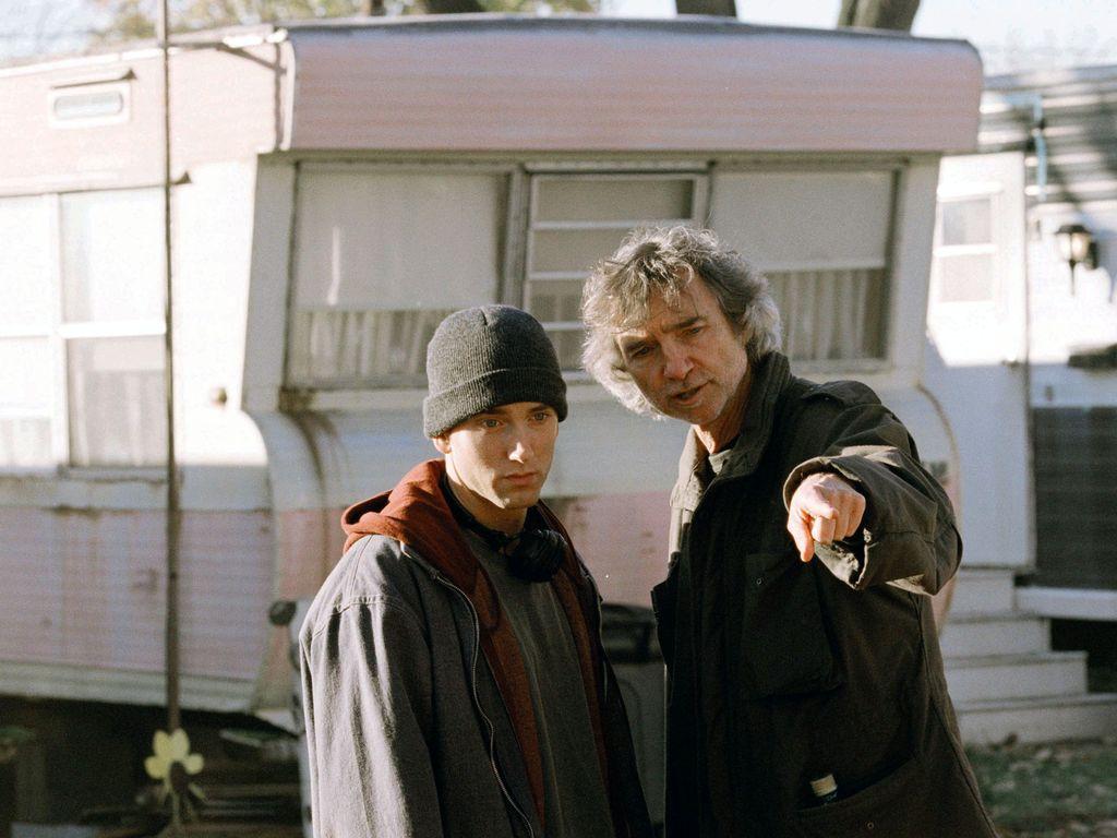 """Eminem und Curtis Hanson am """"8 Mile""""-Set"""