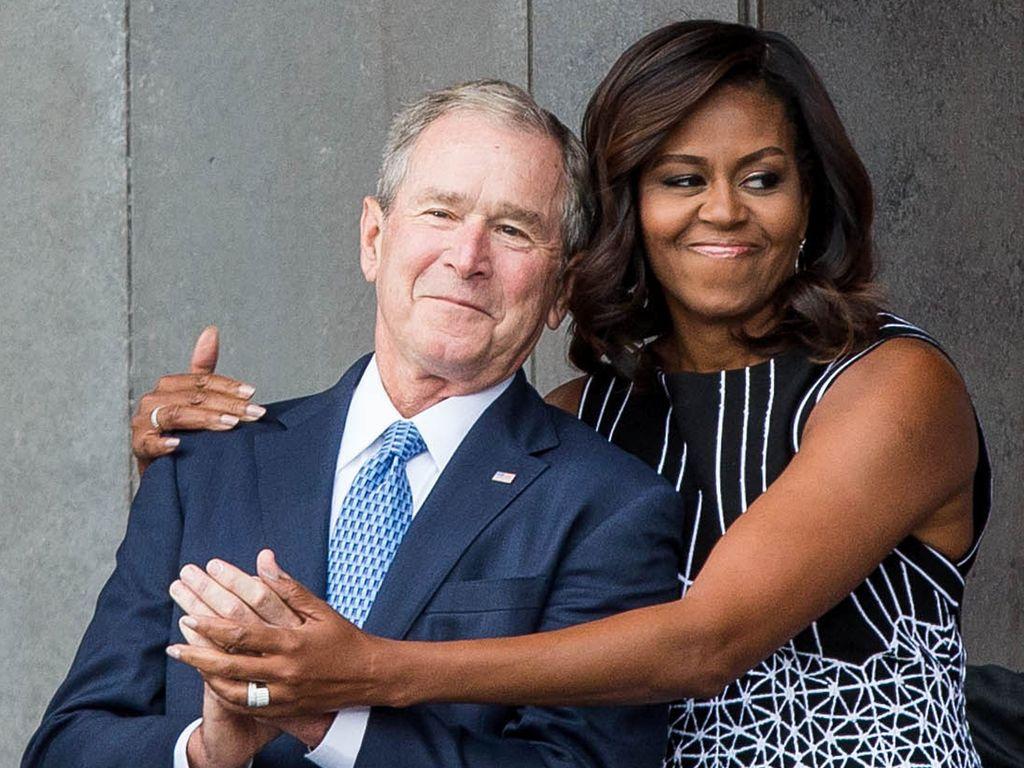 George W. Bush und Michelle Obama bei einer Museumseröffnung