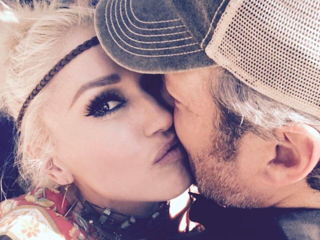 Hier küsst Sophia Thomalla ihren