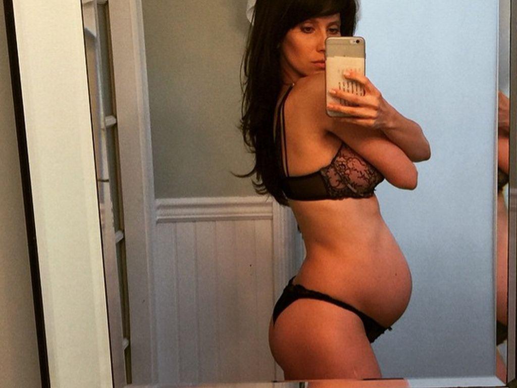 Hilaria Baldwin schwanger mit ihrem zweiten Baby
