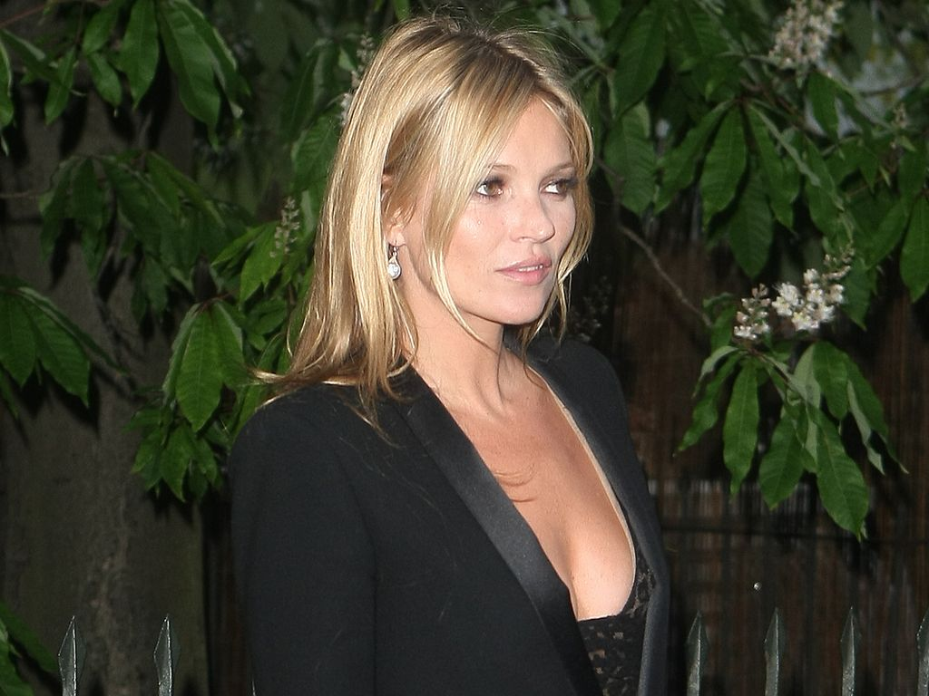 Unzufrieden: Kate Moss träumte früher von Brust-OP