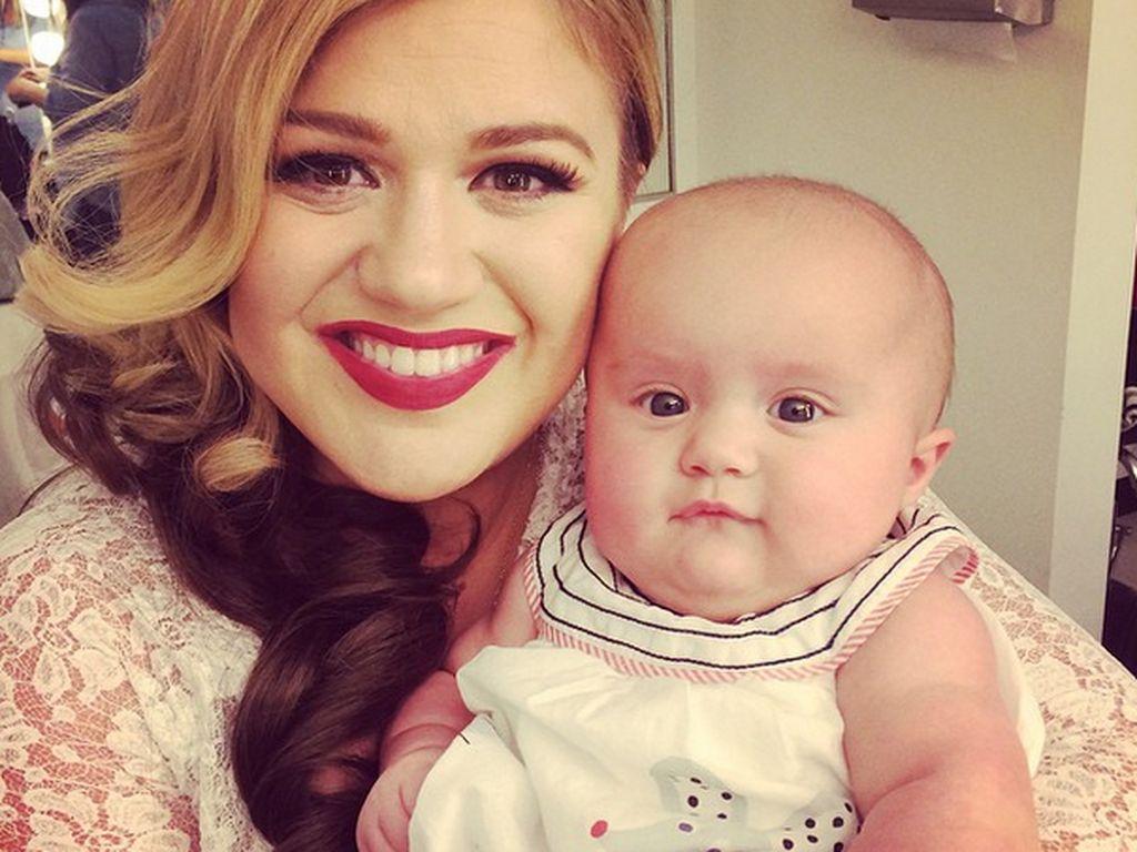Kelly Clarkson und Töchterchen River Rose Blackstock