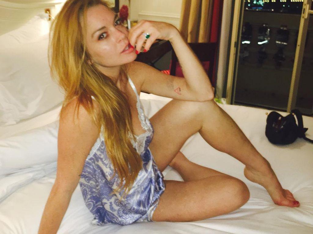 Photos nues de linsey lohan