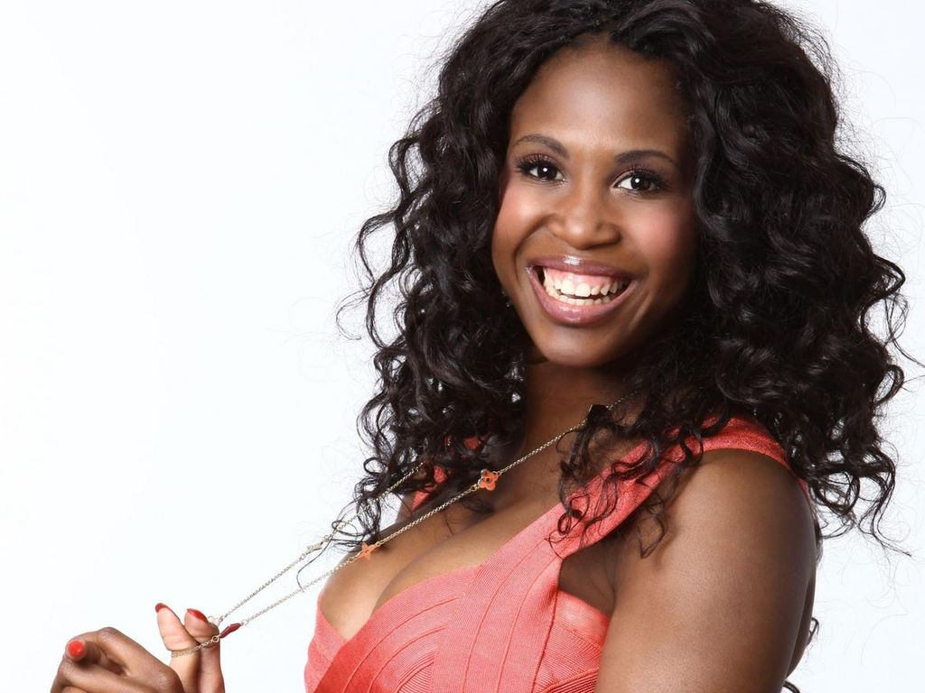 motsi mabuse wer wird die let 39 s dance queen 2012. Black Bedroom Furniture Sets. Home Design Ideas