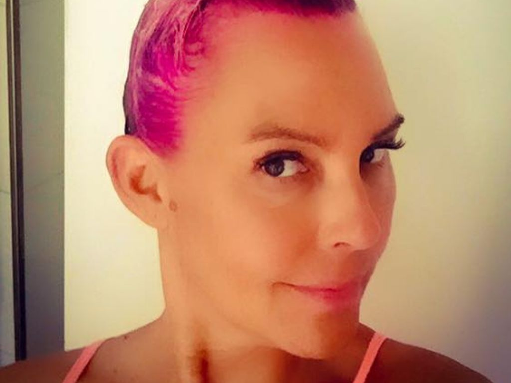 Natascha Ochsenknecht zeigt sich mit pinken Haaren