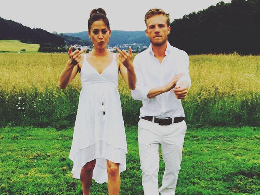 Niklas Osterloh mit seiner Freundin, Mai 2017