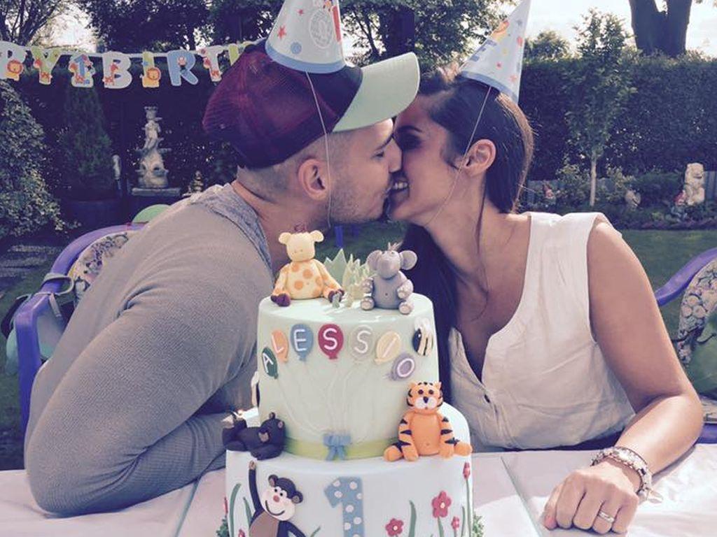 Pietro und Sarah Lombardi mit Alessios Geburtstagstorte