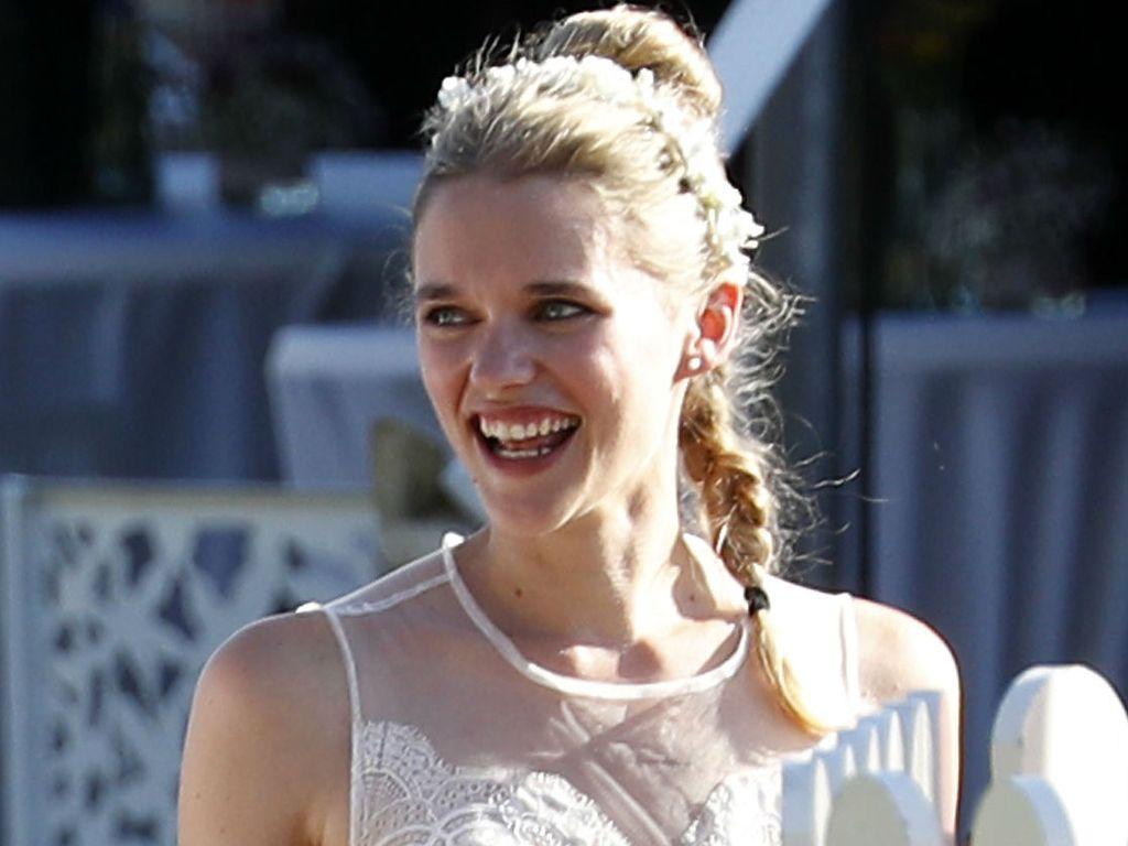 Sarah Elena Timpe in ihrem Brautkleid