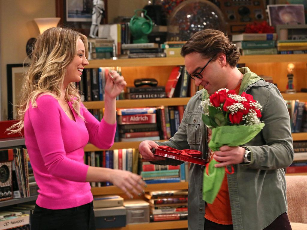 "Kaley Cuoco und Johnny Galecki in ""The Big Bang Theory"""