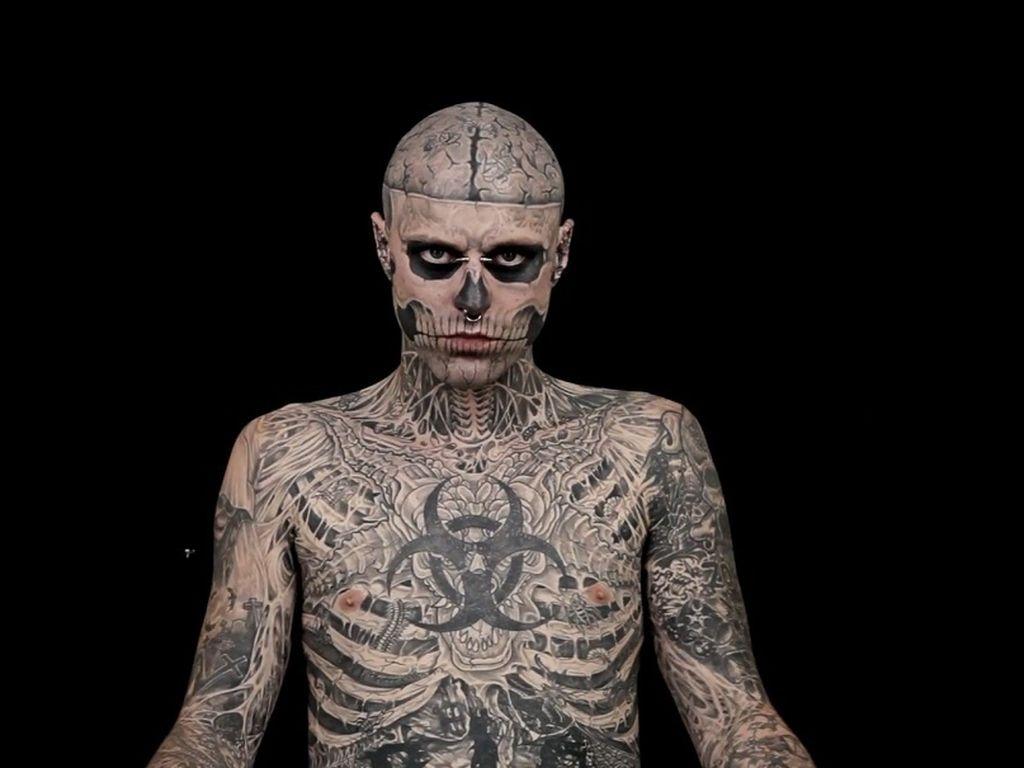 zombie boy der tattoo wahn mal andersrum. Black Bedroom Furniture Sets. Home Design Ideas