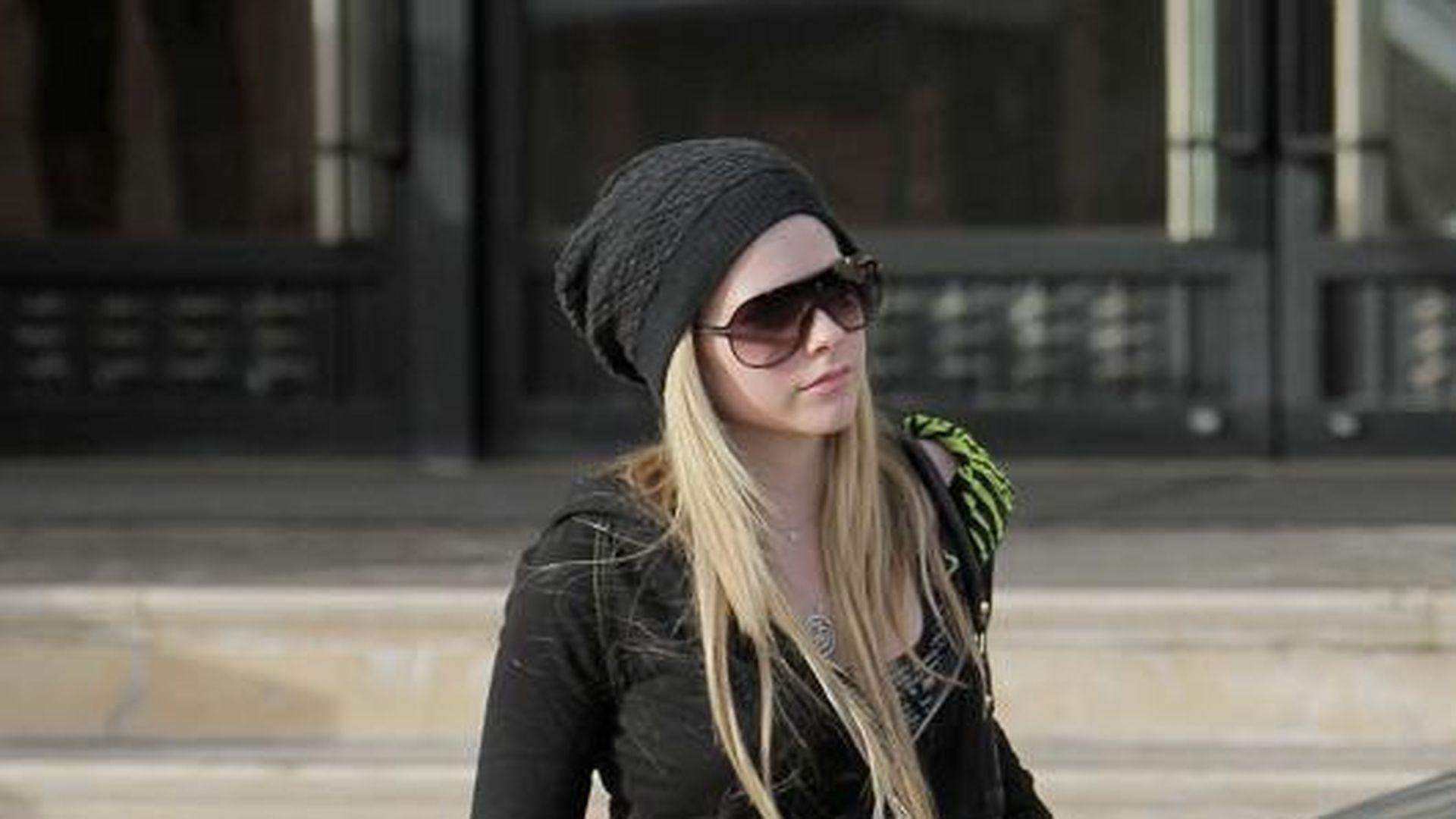 Avril lavigne wichst ein schwanz