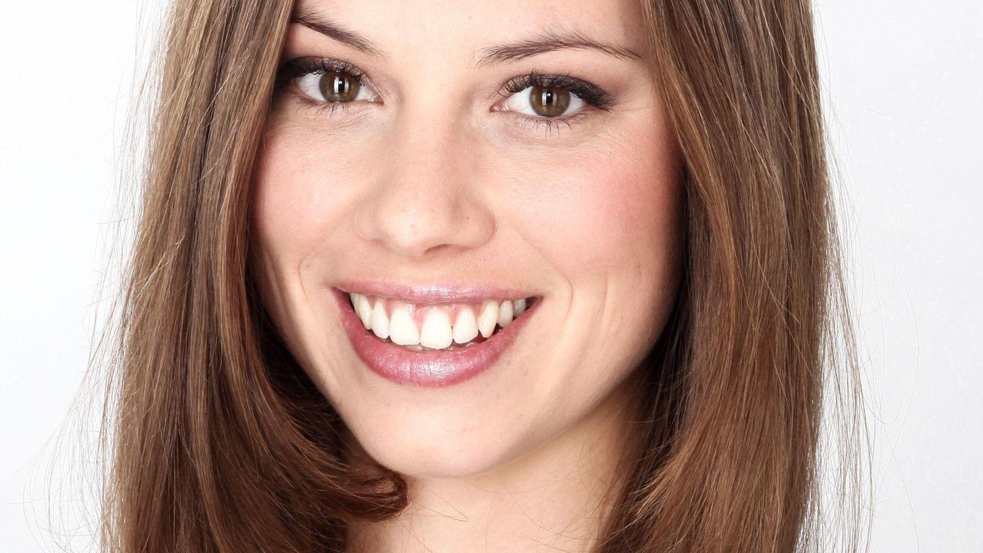 AWZ: Anna-Katharina Fecher kommt zurück! | Promiflash.de