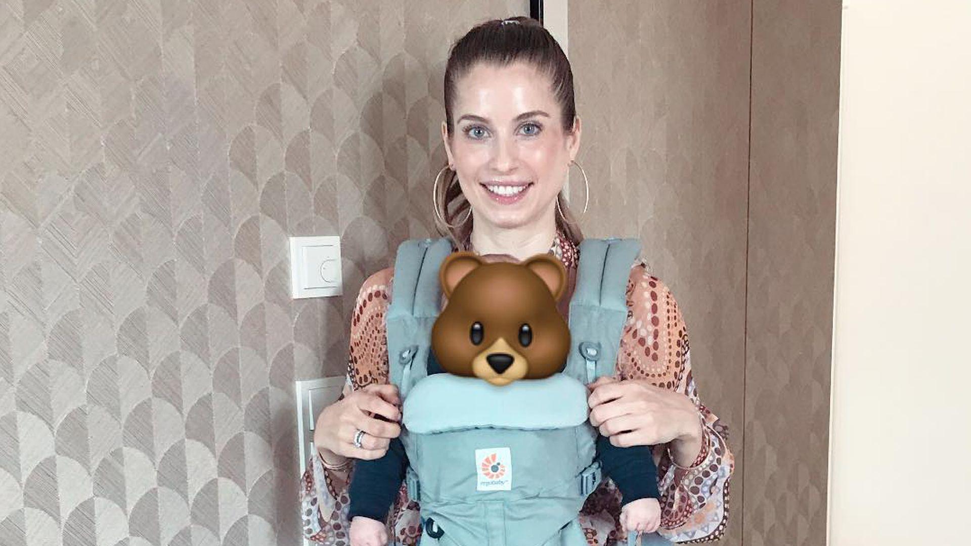 Schick Mit Kleid Baby Trage Cathy Hummels Hochzeits Look