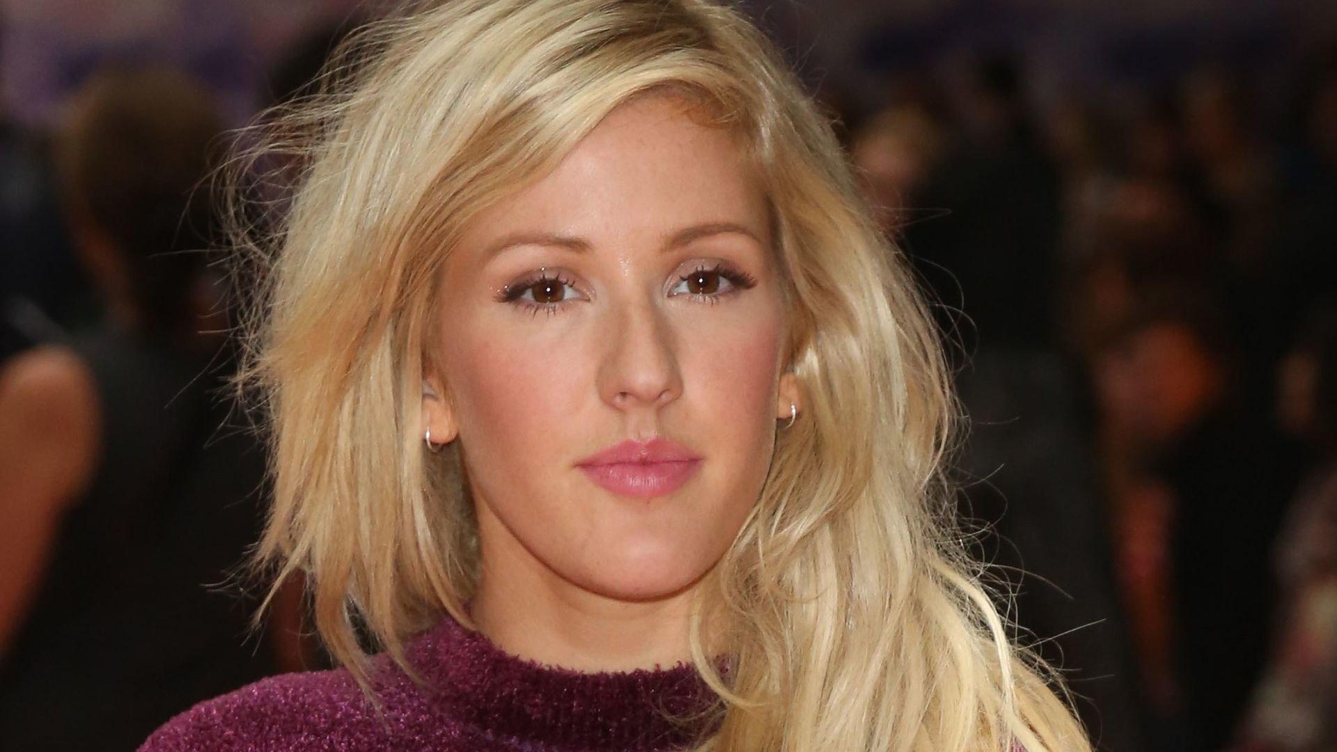 ellie goulding ex behandelte mich f rchterlich. Black Bedroom Furniture Sets. Home Design Ideas