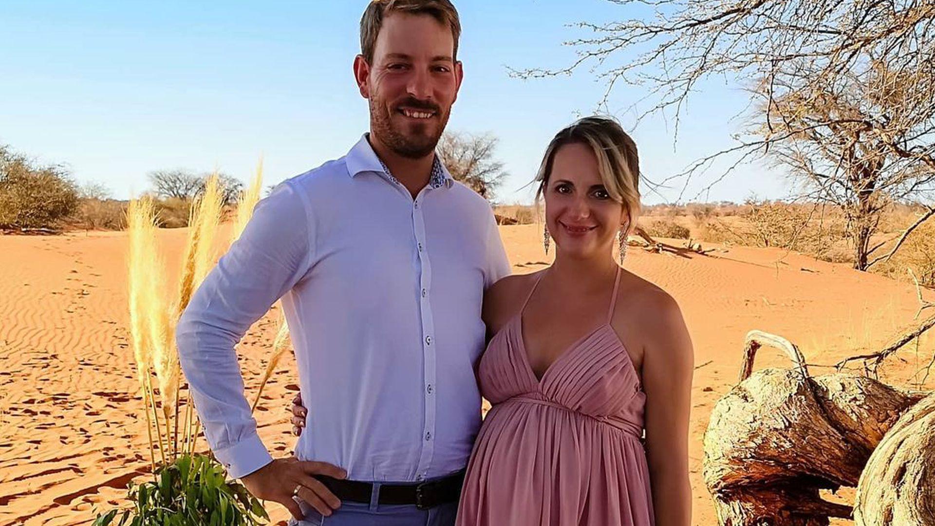 schwangere anna heiser verzaubert in kleid mit xxl-schlitz
