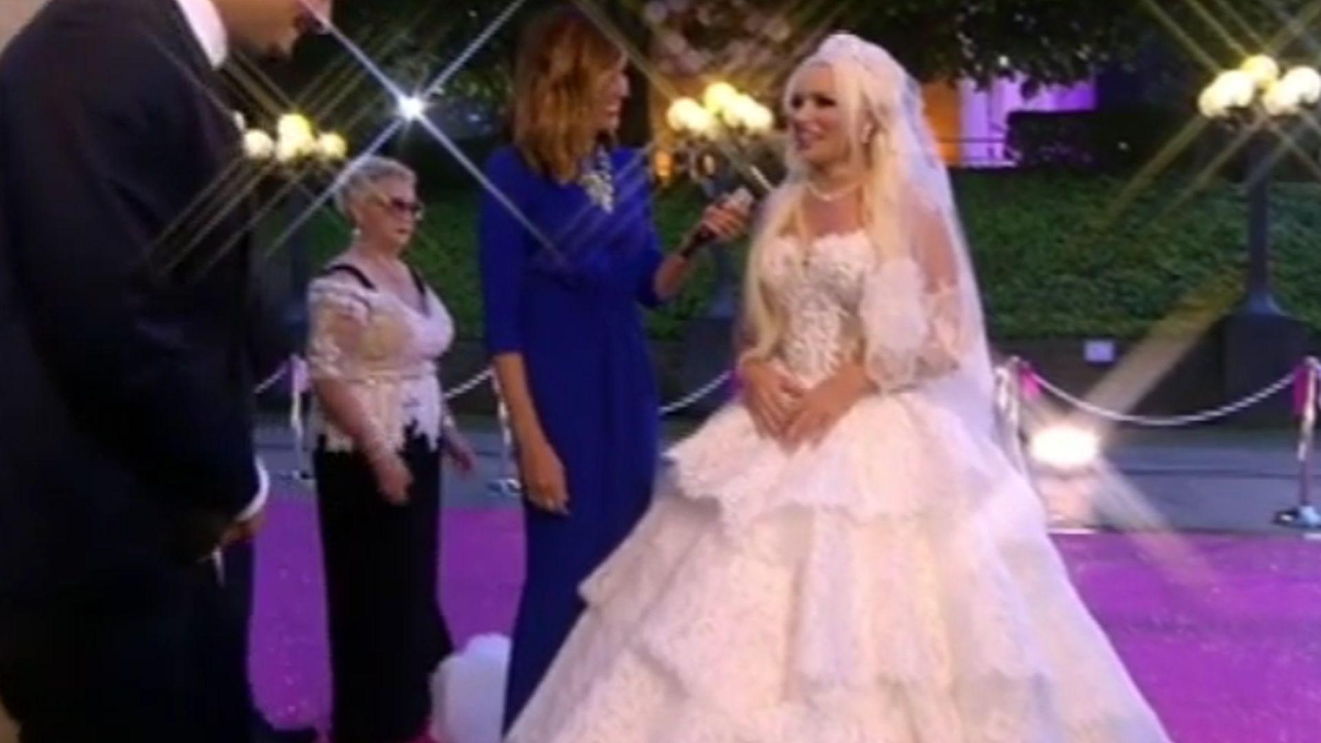 Nach Hochzeit mit Lucas: Daniela versteigert ihr Brautkleid ...