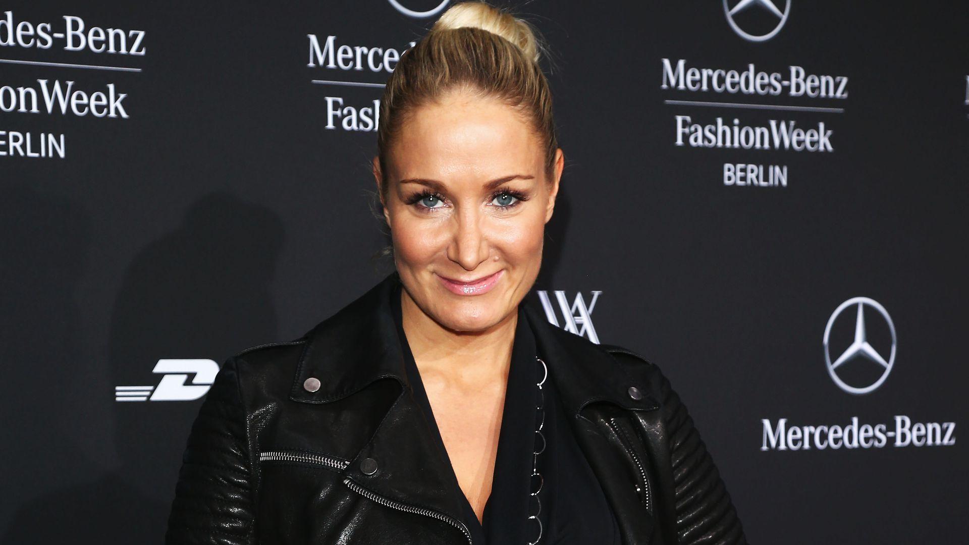 Heiß Janine Kunze Wird Schlüpfrige Promi Shopping Queen