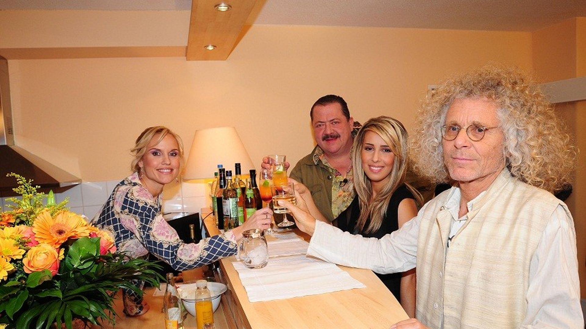 Promi Dinner Mit Popstars Gewinnerin Promiflashde