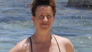 Seltener Anblick: Alanis Morissette im Bikini