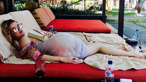 Schwanger? Amber Heard verwirrt mit Bauch-Post