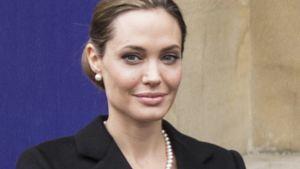 Angelina Jolie trauert noch immer um ihre Mutter