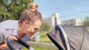 Krass: Anna Hofbauer läuft kilometerweit mit Kinderwagen!