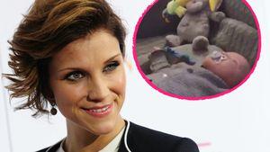 So putzig: Anna-Maria Zimmermanns Matti staunt über Spieluhr