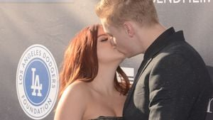 Ariel Winter und Levi Meaden bei der Blue Diamond Gala in Los Angeles