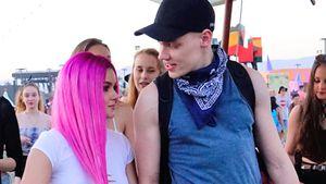 Ariel Winter und Levi Meaden auf dem Coachella-Festivalgelände
