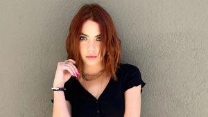 Krasse Veränderung: Ashley Benson hat jetzt eine rote Mähne