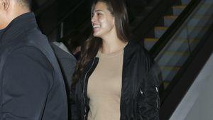 Ashley Graham am Flughafen von Los Angeles
