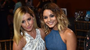 Jessica Szohr & Ashley Tisdale im gleichen Dress!