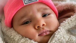 Kleiner Kuschelbär: Shay Mitchell teilt süße Baby-Fotos!