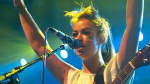 Aura Dione: Ihre Fans sind wie eine zweite Familie