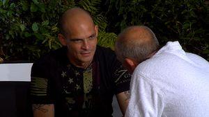 """Ben Tewaag im Gespräch mit Mario Basler bei """"Promi Big Brother"""""""