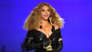 Heiße Magazin-Schnappschüsse: Beyoncé teasert neue Musik an