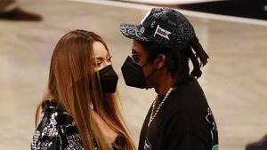 Bei Basketballspiel: Beyoncé und Jay-Z total verschmust