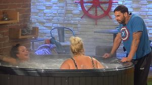 Big Brother: Heißer Sex-Talk im Whirlpool