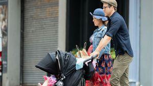 Schwanger-Style: Blake Lively mit großer Babykugel unterwegs