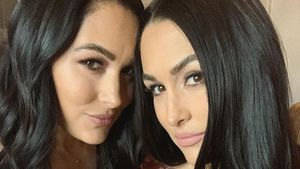 Brie Bella: Schwester Nikki dürfte ihren Sohn stillen!