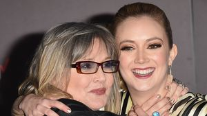 Freundin behauptet: Carrie Fishers Mutter ahnte ihren Tod!
