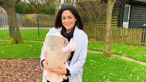 Casey Batchelor verrät den Namen ihrer kleinen Tochter