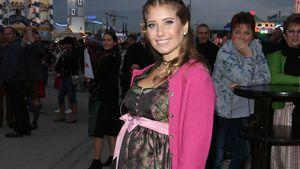 Mit Babybauch im Dirndl: Cathy Hummels bummelt über Wiesn!