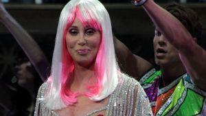 Peinlich oder cool? Cher (67) trägt Nippel-Pasties