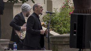 Chester Bennington (2.v.l.) auf der Trauerfeier von Chris Cornell
