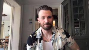 Fans aus dem Häuschen: Chris Evans zeigt tätowierte Brust