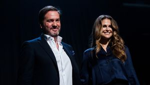 Chris O'Neill & Madeleine von Schweden bei einer TV-Show in London