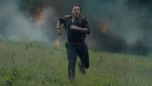 """Chris Pratt auf der Flucht! So heiß wird """"Jurassic World 2"""""""