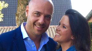 Christian Tews happy: Babyfreier Abend mit seiner Claudia