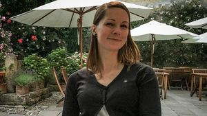 Schwanger-Pic nach Shitstorm: Christina Stürmer zeigt Bauch